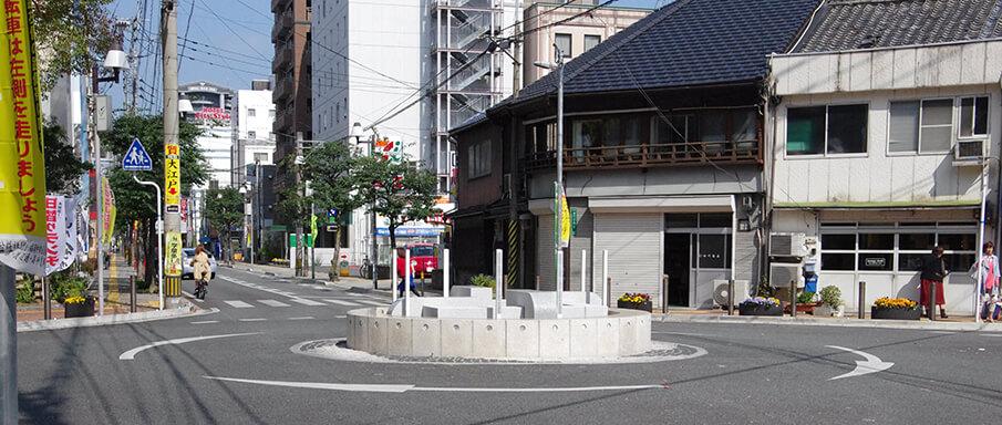 清川ロータリーの合理的デザインから福岡の都市伝説を知る