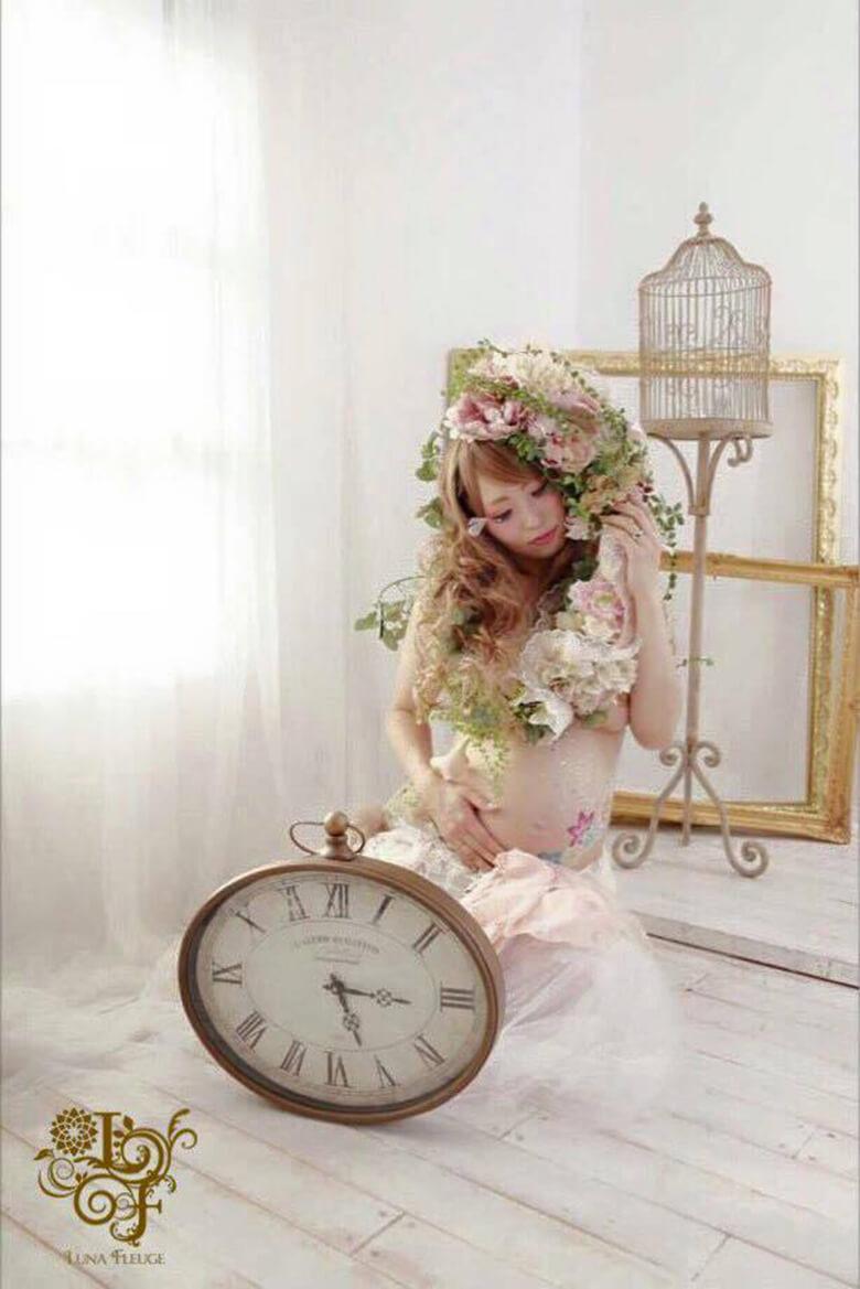 model:yayo, flower art:今井陽月, photograph:今井陽月, make:塩満美朝(Hollywood AIR Fukuoka)