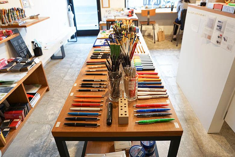 pen_many