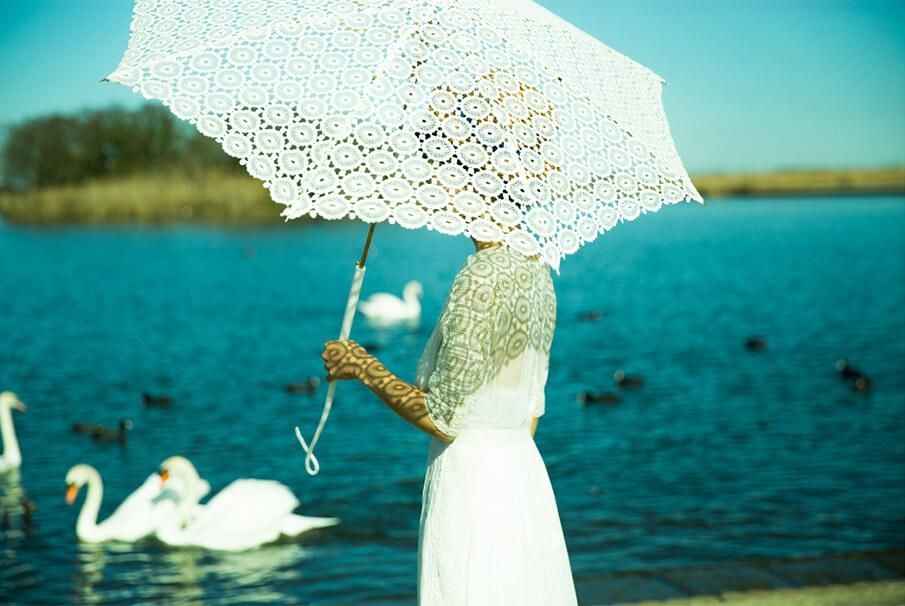 """あなただけの日傘とスカーフを""""こしらえる""""「装夏展」"""