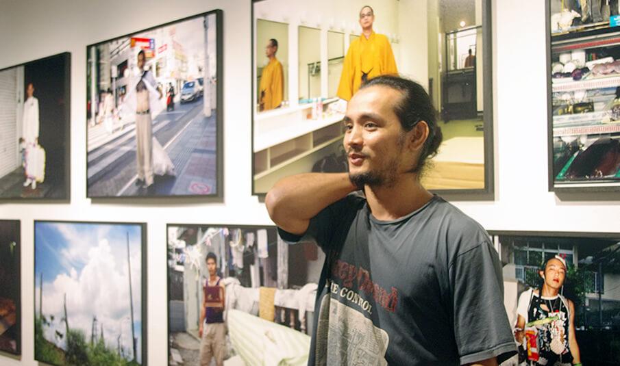 写真家 石川 竜一の作品が放つ強烈なパワーの秘密