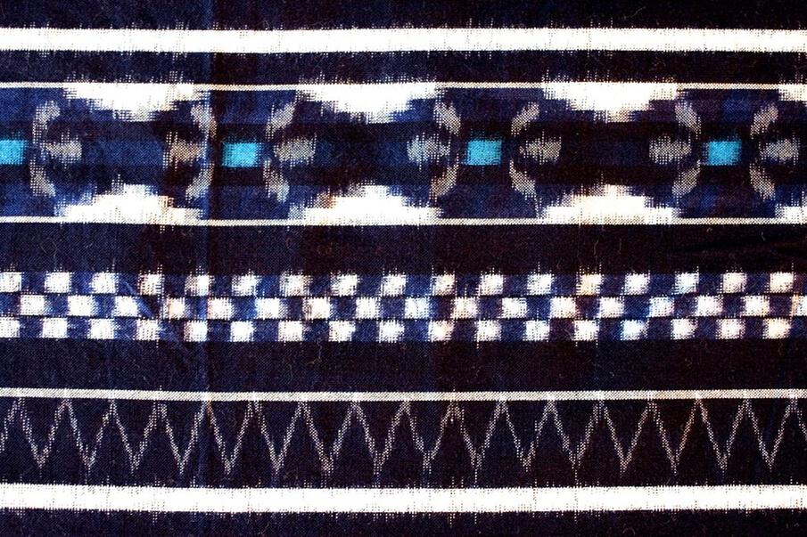 「うなぎの寝床調べ 久留米絣デザインの二〇〇年」で</br>久留米絣の歴史と背景を紐解く