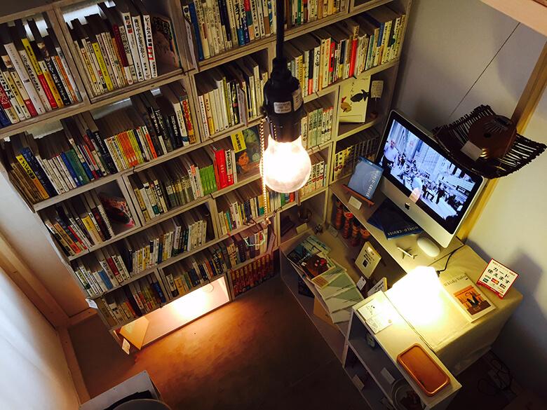 旅と古本の店 ひとつ星 引用元:CAMPFIRE 泊まれる図書館「暁」プロジェクトページ