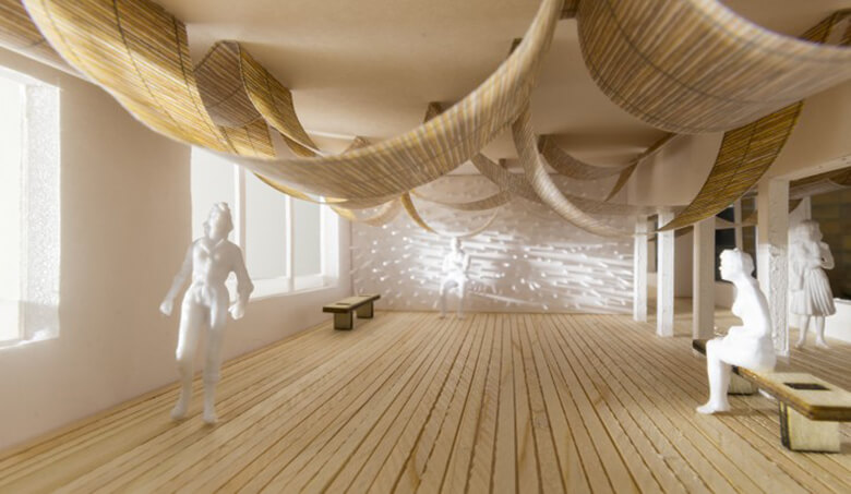 竹のすだれ天井や、竹でできた家具のある研修スペース