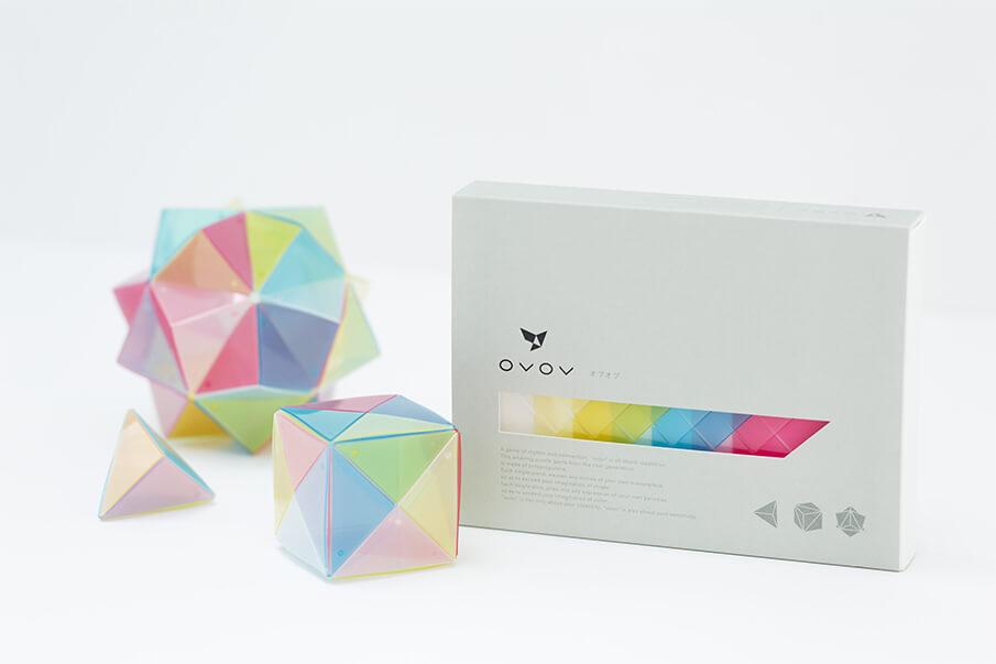 色彩の美しさと、自由な発想を楽しむ次世代のパズル「OVOV」