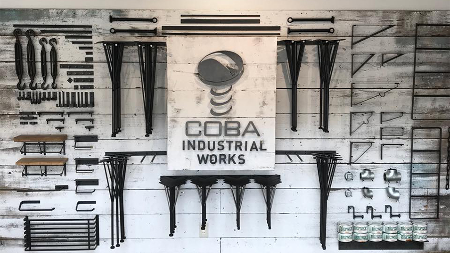 """古材は""""歴史""""。味わい深いアンティークなアイテムを生み出す「COBA」"""